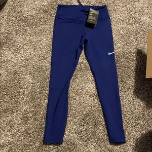 NWT Women's Nike leggings XS
